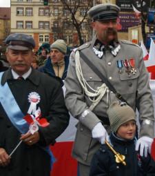 W Gdyni furorę robił Piłsudski. I to nie jeeden.