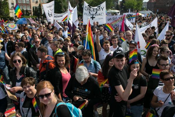 W związku z sobotnim Marszem Równości i manifestacją narodowców we Wrzeszczu, kierowcy i mieszkańcy Gdańska muszą liczyć się z utrudnieniami w ruchu.