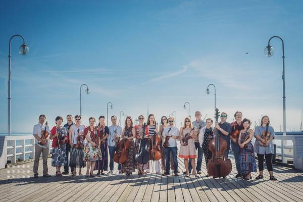 W sobotę 3 czerwca Polska Filharmonia Kameralna Sopot pod dyr. Wojciecha Rajskiego zaprasza na koncert symfoniczny.