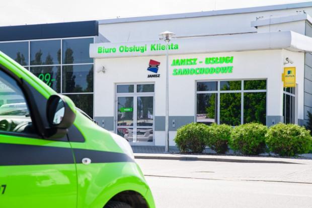 Firma Janisz znana jest przede wszystkim ze świadczenia usług blacharsko-lakiernczych.