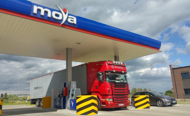 Automatyczne stacje Moya to nie tylko najlepszej jakości paliwo, to również szereg udogodnień dla kierowców samochodów ciężarowych.