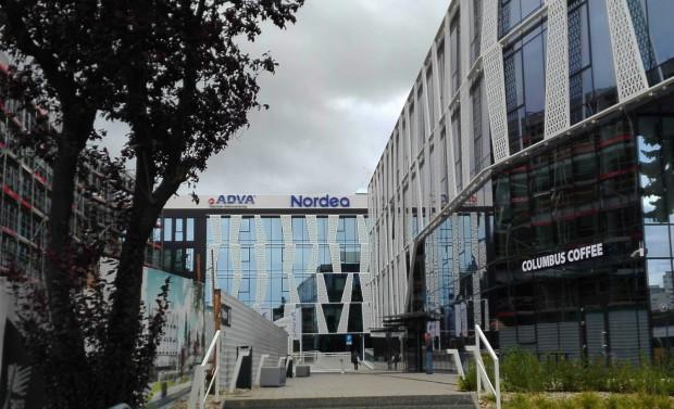 Nordea Bank AB SA Oddział w Polsce jest oddziałem szwedzkiego banku Nordea i zajmuje się wsparciem skandynawskich departamentów i oddziałów.