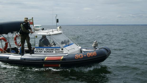 Do działań na Bałtyku Straż Graniczna wykorzystuje m.in. łodzie motorowe.
