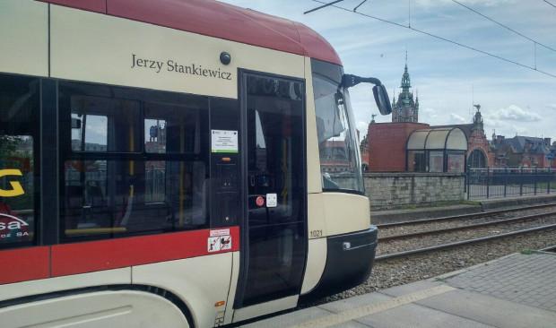 Jerzy Stankiewicz jest patronem tramwaju Pesa Swing o numerze bocznym 1021.