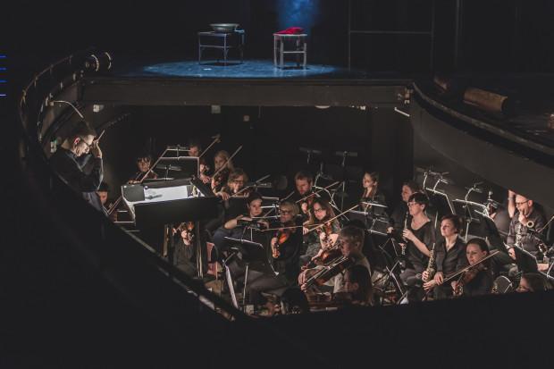 """Orkiestra Opery Bałtyckiej (na zdjęciu) weźmie udział w każdym z sześciu koncertów """"Włoskich Nocy"""", wyprodukowanych przez Operę Bałtycką."""