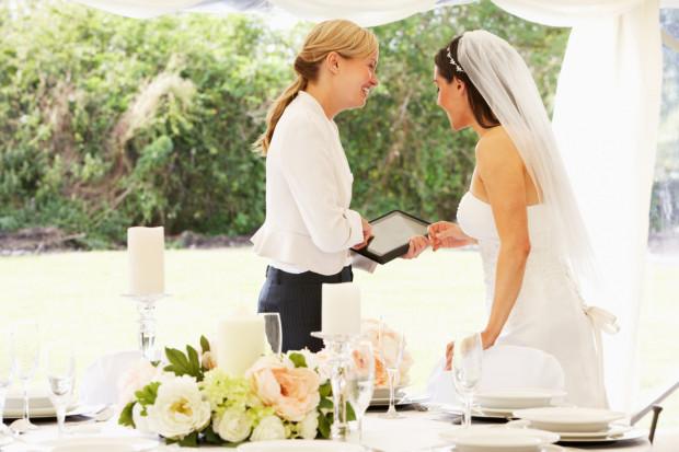 Wynajęcie konsultanta ślubnego to spory wydatek, czasem jednak ich pomoc trwa nawet kilka lat.