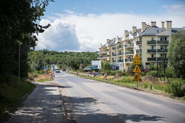 Ulica Świętokrzyska jeszcze będzie przejezdna w obu kierunkach, ale zmiany będą na sąsiednich drogach.