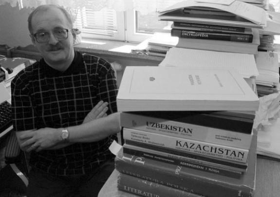 Prof. Andrzej Chodubski był autorem wielu książek z zakresu teorii polityki i geopolityki.
