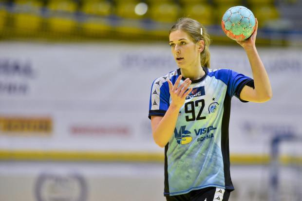 Piłkarka ręczna Ewa Andrzejewska, przenosząc się do Francji, osłabiła futsalową drużynę AZS UG Gdańsk.