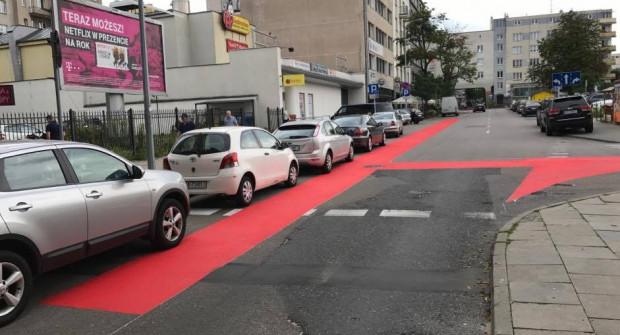 Trwa malowanie ulic. Nadchodzące zmiany dotyczą m.in. skrzyżowania ulic Batorego i Abrahama.