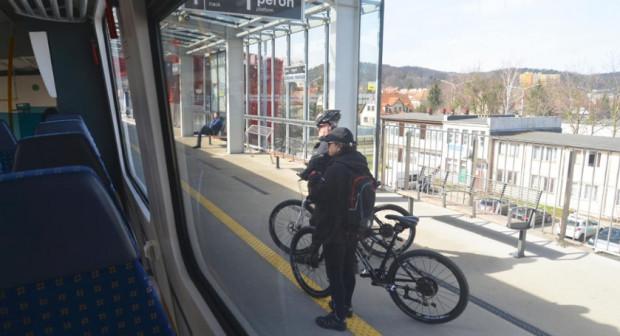 - Liczba rowerów w składzie PKM zależy od technicznych możliwości pociągów, a te zamawiał Samorząd Województwa Pomorskiego - przekonują przedstawiciele SKM.