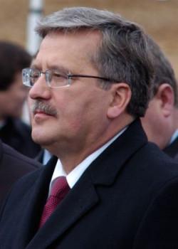 Bronisław Komorowski otrzyma w środę od polskich Tatarów medal Gwiazdy Orientu.