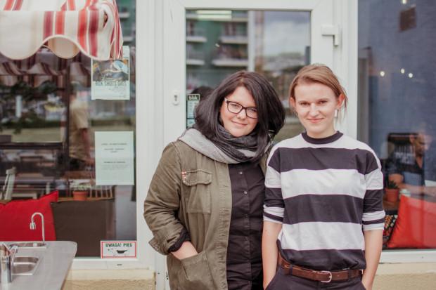 Ola Kulińska i Gosia Cieślak są w stanie przekonać każdego, że zmiana naszego talerza, podwórka, miasta i świata zależy wyłącznie od nas samych.