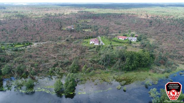Po przejściu nawałnicy przez powiat chojnicki,  Ochotnicza Straż Pożarna Charzykowy  podczas akcji ratowniczej wykorzystywała dron.