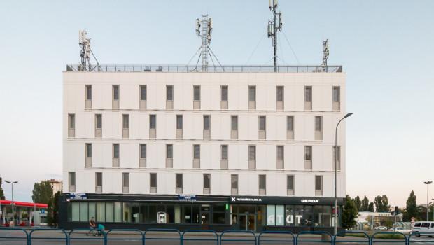 Biurowiec PKS-u. Właściciel chciał tutaj postawić 18-piętrowy budynek, na co jednak nie wyrażono zgody w koncepcji planu zagospodarowania.