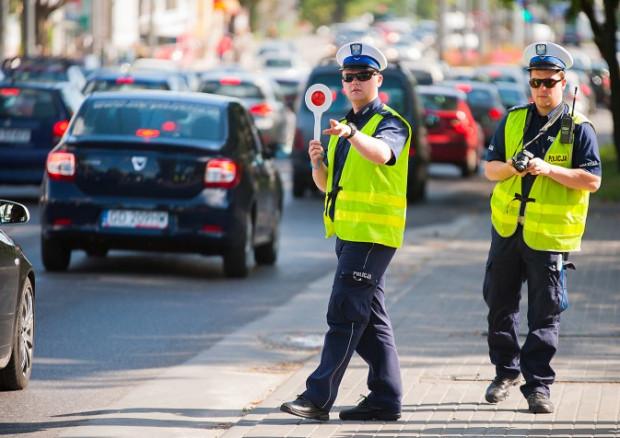 Już niebawem kontrole policji będą nagrywane przez kamery przyczepione do mundurów funkcjonariuszy.