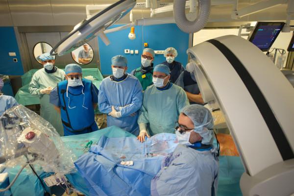 Gdańskie Centrum Sercowo-Naczyniowe, które wykonuje ponad 600 trudnych operacji rocznie, ma najwyższe noty w rankingach, światowej klasy kadrę i sprzęt, nie znalazło się w tzw. sieci szpitali.