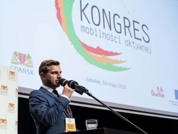 Tegoroczny VIII Kongres Mobilności Aktywnej we wtorek otworzyPrezydent Gdańska Paweł Adamowicz, a w środęjego zastępca Piotr Grzelak.