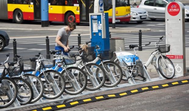 Warszawski Rower Miejski funkcjonuje już od pięciu lat i wciąż cieszy się rosnącą popularnością.