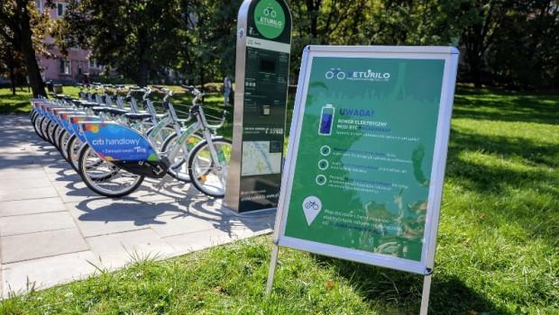 Tegoroczną nowością w Warszawie są pojazdy ze wspomaganiem elektrycznym. Podobne rozwiązanie ma być również wdrożone w Rowerze Metropolitalnym.