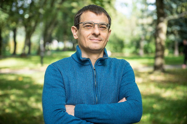 Dr Wiesław Baryła z SWPS w Sopocie tłumaczy, dlaczego duże rodziny pobierające świadczenie 500 plus spotykają się z nienawistnymi komentarzami.