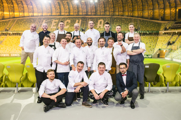 Najlepsi szefowie kuchni trójmiejskich restauracji połączyli swoje siły wspólnie przygotowując siedmiodaniową kolację.