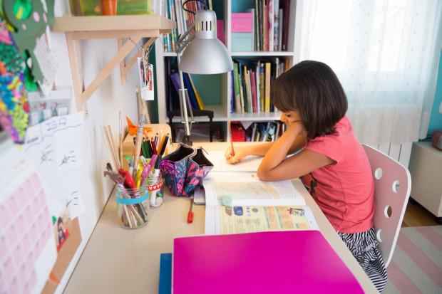 Czy szkoły zadają uczniom za dużo zadań domowych do domu? Na ten temat porozmawiają w najbliższym czasie gdańskie szkoły.