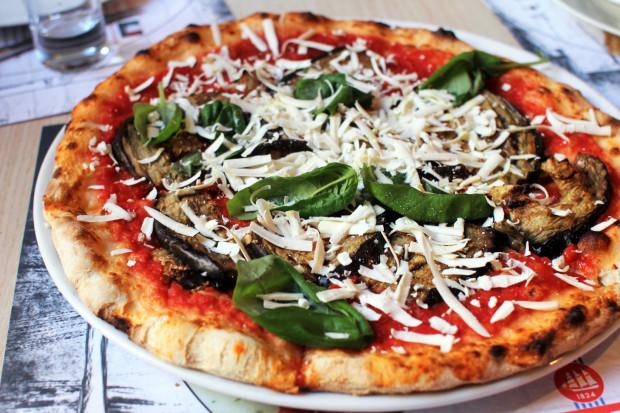 Wyszłam z Allora zadowolona. Znalazłam tam włoską prostotę i smak. Kuchnia rzymska nie jest może najbardziej wyrafinowana, ale prosta, smaczna oraz sycąca.