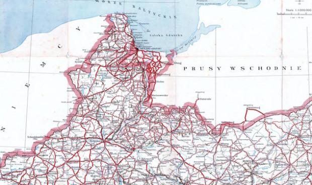 Mapa drogowa Pomorza i Polski pod koniec lat 30. XX wieku. Kliknij, by zobaczyć mapę całego kraju.