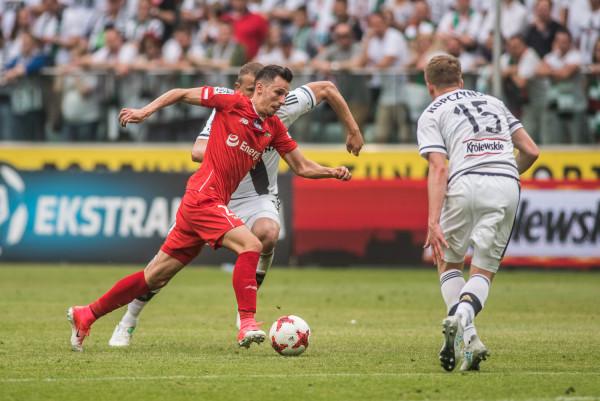 Po indywidualnej akcji Rafał Wolski był bliski zdobycia gola na remis w Warszawie. Gdańszczanie mieli jednak więcej okazji, aby zapewnić sobie w stolicy przynajmniej punkt. Choć wynik jest niekorzystny, gra biało-zielonych wreszcie cieszyła oko.
