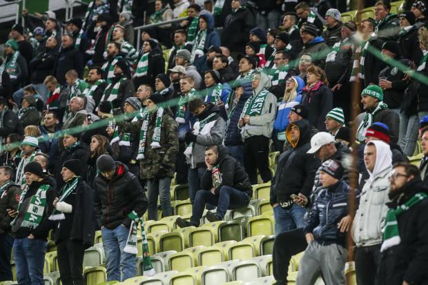 Kibice nie chcą chodzić na mecze, a ci, co jeszcze przychodzą, nie zamierzają oglądać takiej Lechii Gdańsk jak ta, co zagrała w poniedziałek z Koroną Kielce.