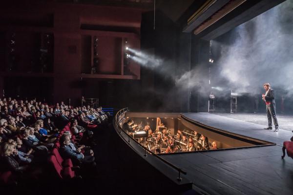 """Publiczność Opery Bałtyckiej zobaczy """"Hrabinę"""" Stanisława Moniuszki dopiero w maju 2019 roku."""