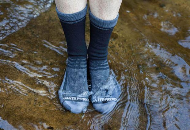 Nawet stojąc w górskim strumyku możemy być pewni, że nasze stopy pozostaną suche