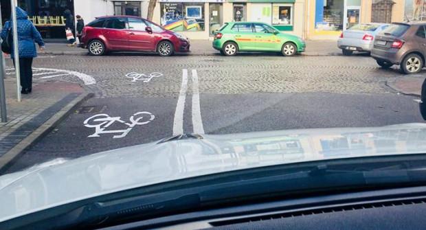 Na zdjęciu ul. Zygmunta Augusta, gdzie zdaniem naszego czytelnika kontraruch dla rowerów powoduje więcej szkód niż pożytku.