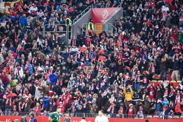 Piłkarskiej reprezentacji Polski na stadionie w Gdańsku ponownie kibicować będzie można jesienią przyszłego roku. Być może na meczu z Hiszpanią, Francją bądź Anglią?