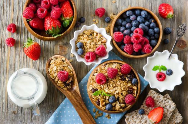 Celem diety oczyszczającej jest dostarczenie do organizmu składników odżywczych o działaniu odtruwającym i wspomagającym wydalanie toksyn.