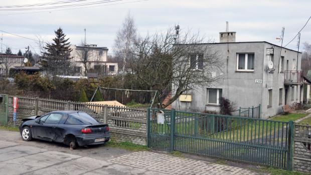 Sąsiedztwo ul. Zawiejskiej to głównie budynki jednorodzinne.