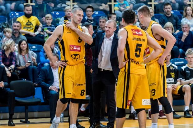 Trenerowi Marcinowi Klozińskiemu oraz jego koszykarzom nie udało się znaleźć sposobu na przerwanie serii porażek, która wynosi już pięć.