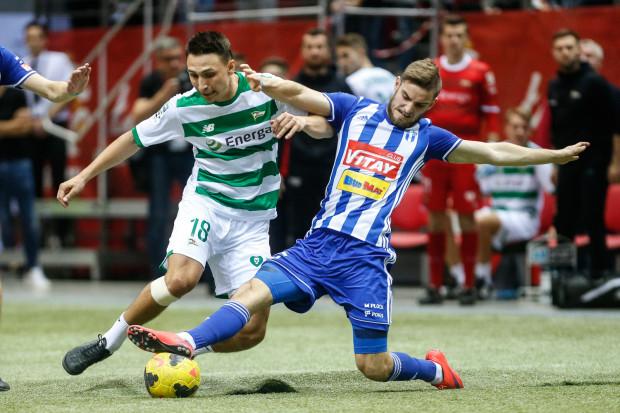 Jakub Arak w Lechii Gdańsk zaprezentował się tylko w halowym turnieju Amber Cup. Jesienią nie mógł grać w ekstraklasie z przyczyn proceduralnych.