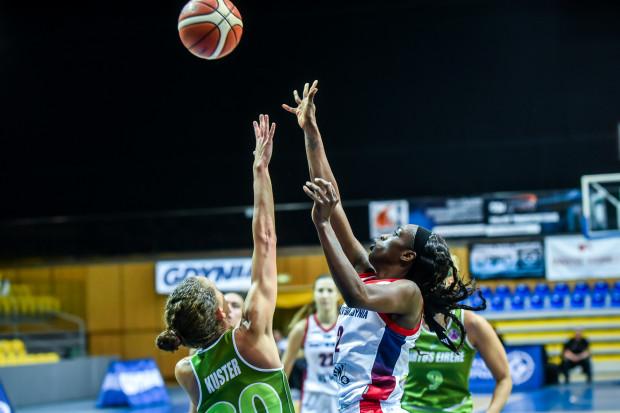 Kahleah Copper robiła co mogła w końcówce meczu na Sycylii, ale nie udało się jej poprowadzić drużyny do ćwierćfinału Eurocup.