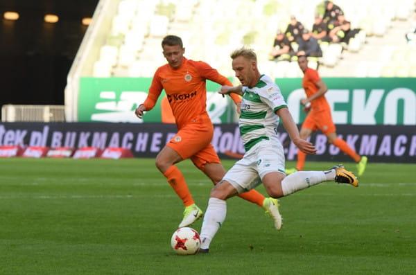 Daniel Łukasik latem wrócił do Gdańska po wypożyczeniu do Niemiec. Pomocnik podjął się rywalizacji o skład i wywalczył nowy kontrakt z Lechią.