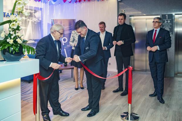 17 stycznia odbyło się oficjalne otwarcie hotelu Hampton by Hilton w Oliwie. W wydarzeniu wzięli udział zarówno reprezentanci obiektu, jak i całej sieci hoteli.
