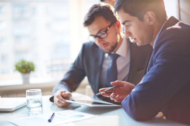 Kontrakt menedżerski od umowy o pracę różni przede wszystkim brak podporządkowania pracodawcy.