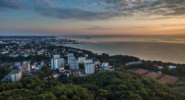 Urzędnicy zachęcają zarówno do meldowania się, jak i rozliczania w Gdyni, bo liczba mieszkańców regularnie spada.