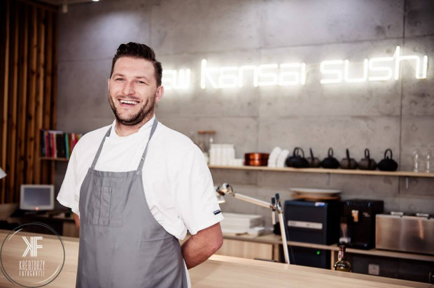 Bartosz Polak - szef kuchni i jeden z dwudziestu dyplomowanych sushi chefów w Polsce zaprasza do New Kansai Sushi.