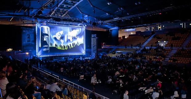 Kolosy cieszą się ogromnym zainteresowaniem. Każdego roku, halę Gdynia Arena szturmują tysiące miłośników podróżowania, spragnionych niesamowitych opowieści obieżyświatów.