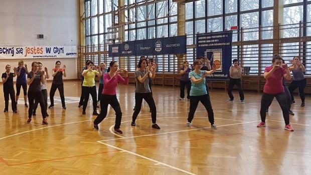 Kurs samoobrony dla kobiet to jedna z atrakcji aktywnego weekendu w Trójmieście.