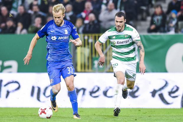 Christian Lund Gytkjaer w tym sezonie strzelał gole Lechii zarówno w Gdańsku jak i w Poznaniu. Za napastnikiem Lecha Joao Nunes.