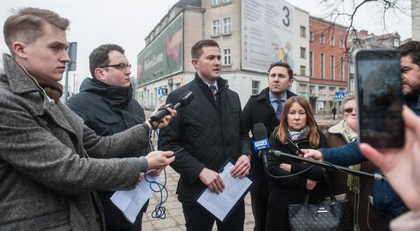 Zastępca prezydenta Gdańska Piotr Grzelak, zarzuca wojewodzie, że chce, by uchwała krajobrazowa w ogóle nie weszła w życie.