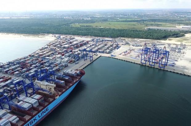 Plany rozwojowe zakładają rozbudowę portu o teren kąpieliska na Stogach. Mieszkańcy są temu przeciwni.